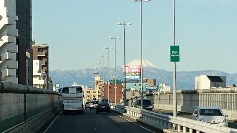 バス 富士山DSC_0993 (640x360)