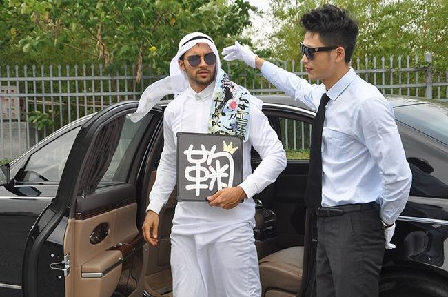 【画像あり】 アイドルオタクになったアラブの石油王がヤバすぎると話題にwwwwwwwwwwwwの画像