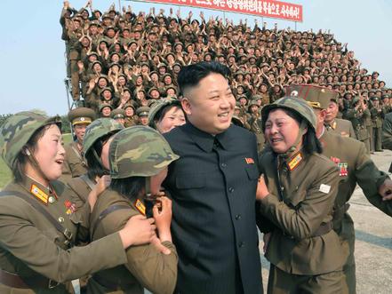 北朝鮮 女兵士