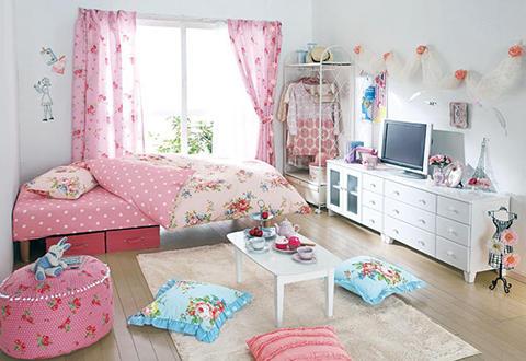 女の子 部屋