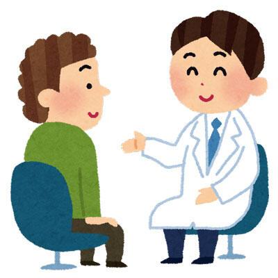 患者さんに説明している医師