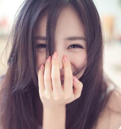 女の子 笑顔