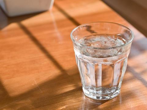 水 ファミレス