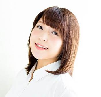 新田恵海  女教師