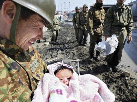 Giappone-terremoto-e-tsunami-soccorsi