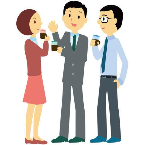 コーヒーブレイク中の3人の会社員