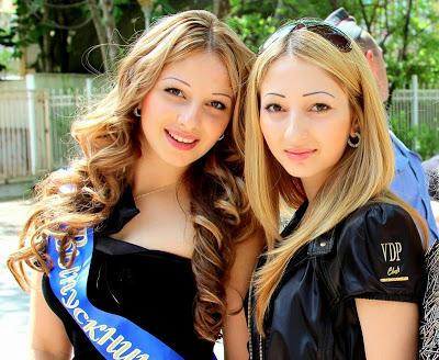 Russian School Graduates 2011 1