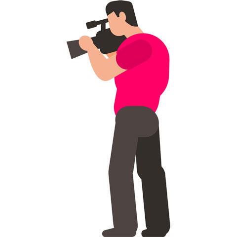 撮影中のテレビカメラマン