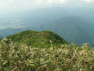荒島岳 山頂手前のピーク