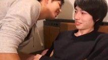 【ゲイ動画 xvideos】ジャニ系美少年が手コキに耐える!早く精液をくれw