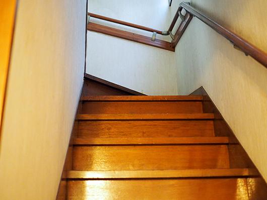 実家の階段