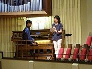 中央講堂でChiemiさんとKiyoさん