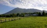 八幡平温泉郷から岩手山2