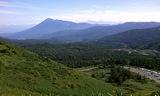八幡平高台から岩手山