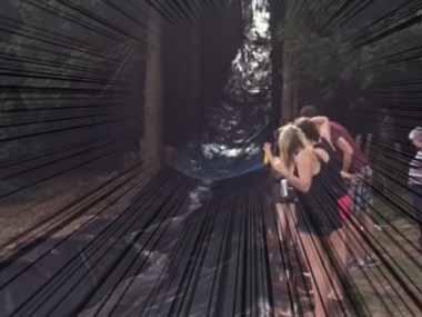 【イヌも参加】 森を切り開いて「ウォータースライダー」作ってみた → 犬はこうなった…