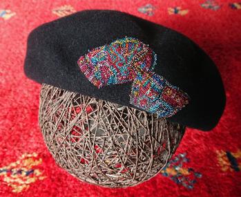 相方刺繍帽子
