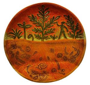 木彫画:土の中