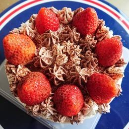 兄の手作りケーキ