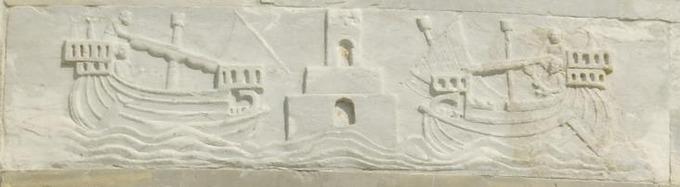 Rilievo_sulla_torre_di_pisa_che_mostra_l'antico_porto_pisano