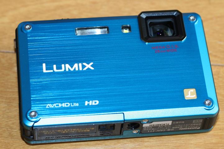 パナソニック LUMIX DMC-FT1