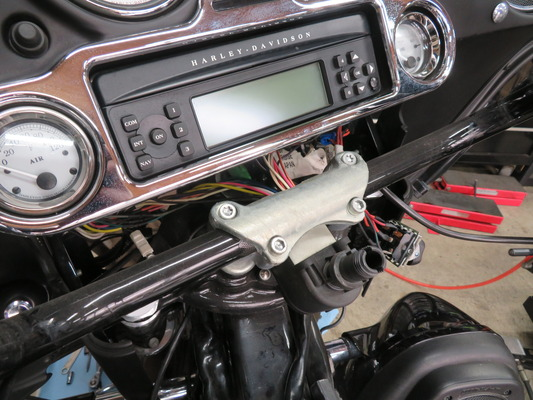2009年式FLHX.ハンドル交換.04