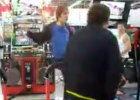 ゲーセンで自己陶酔プレイ撮影中、DQN親子に邪魔された主が動画を晒す