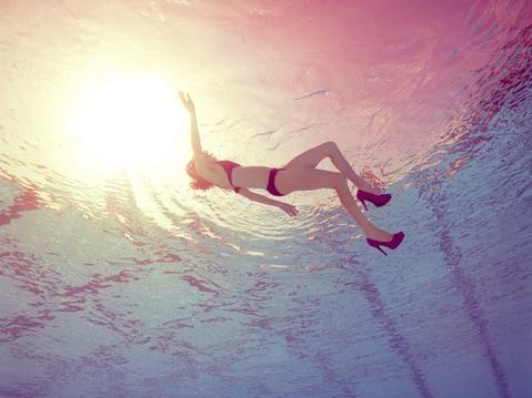 水中美女1