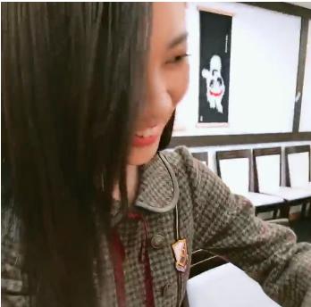 【乃木坂46】伊藤かりん×寺田蘭世 『パンケーキ食べて爬虫類カフェに行きましたよ』