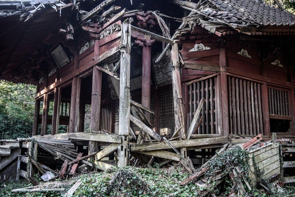 【恐怖体験】数ヵ月くらい前地域のボランティアでお寺のお掃除をすることになった