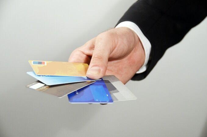 クレジットカードのセキュリティを信じている人ってさぁ…