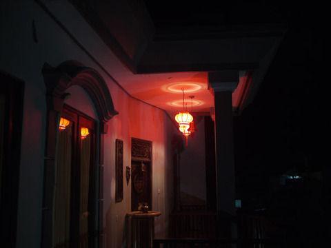 【ホラー】赤い光の警告