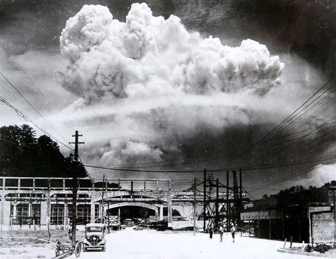 【オカルト】アレを見た二日後だった、原爆が落ちたのわ