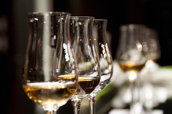 wine-glasses-1246240_1280