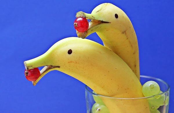 bananas-1737836_1280