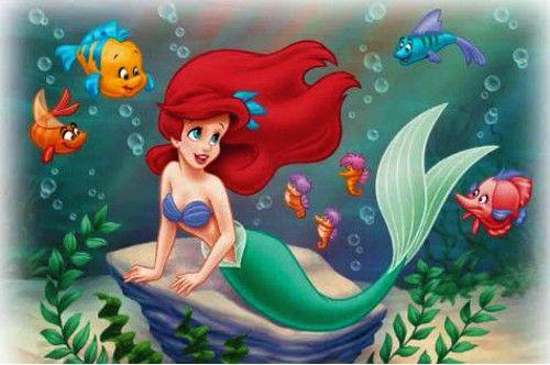 【画像】ローラ「リアルな人魚姫」が大反響!「本物のアリエルみたい」wwwww