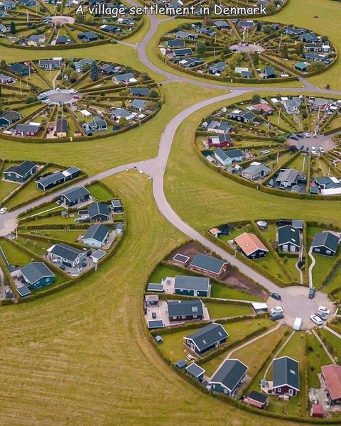デンマークの住宅地の形状が凄いw!
