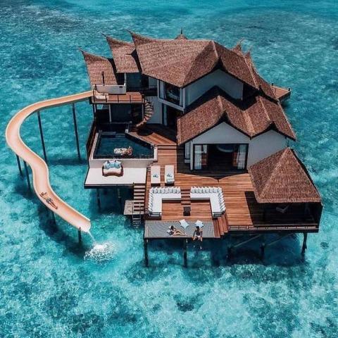 理想的な海の上のお家