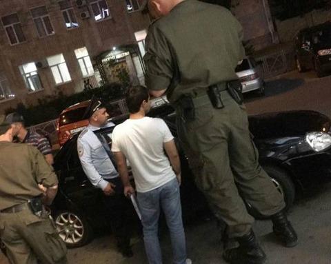 メチャクチャデカく見える警官