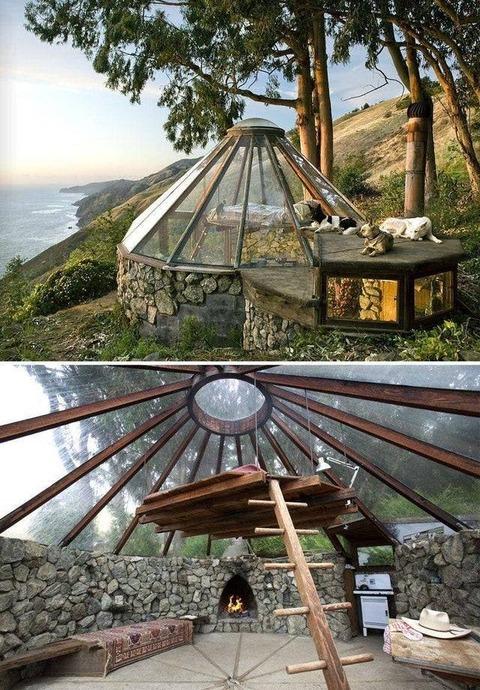 透明なテントみたいな家が素敵