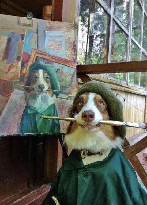自画像を描いたイヌ…?