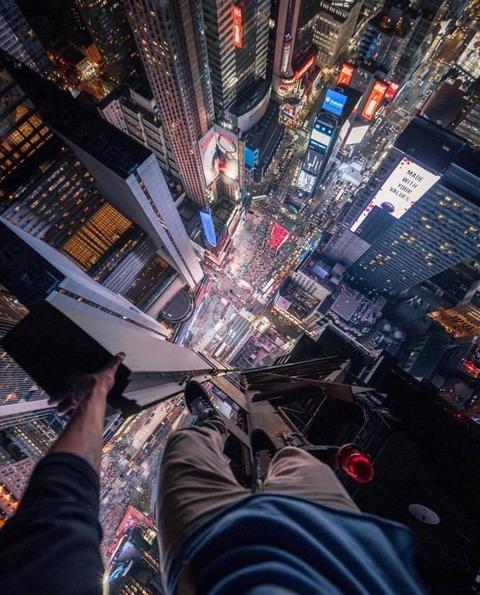 タイムズスクエア上空