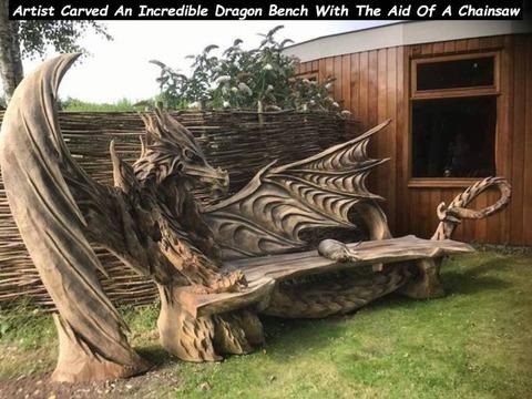 チェーンソーで作ったドラゴンベンチが凄い