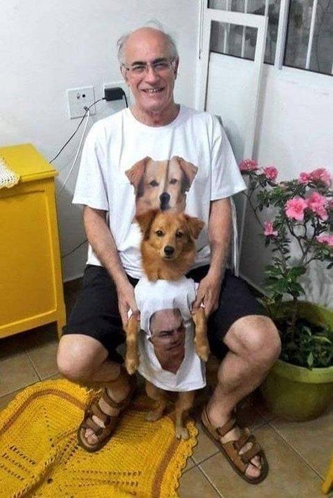 イヌのTシャツと自分のTシャツ