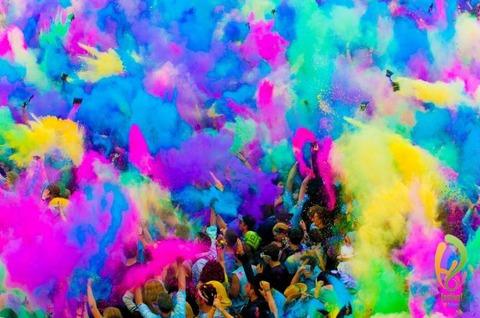 インドのホーリー祭の色彩2