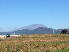 12朝の岩手山