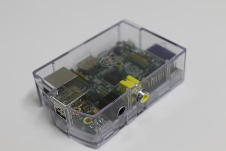 Raspberry Pi 標準ケース
