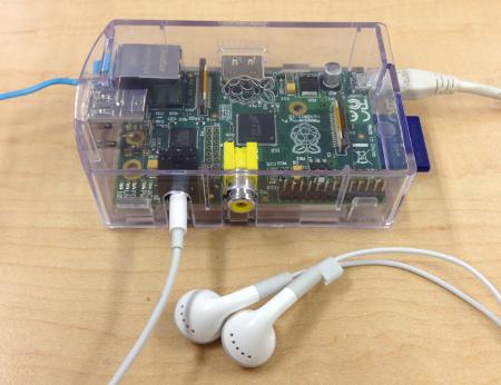 raspberry pi - connect earphone