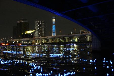 東京ホタルとスカイツリー1