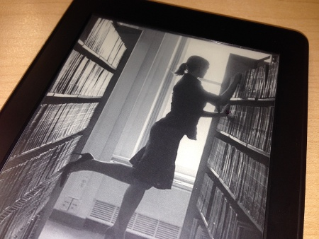 kindle paperwhite custom screensaver