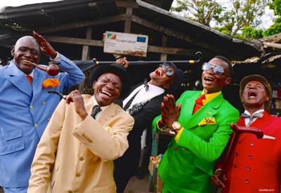 アフリカ人「ファッションには全財産の3/5をつぎ込んだ」